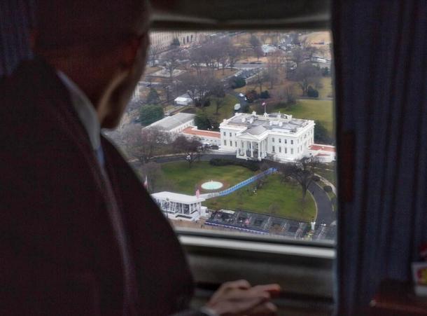 obama quitte maison blanche.jpg