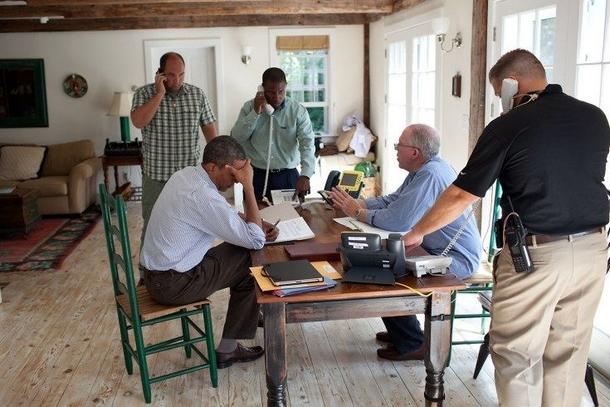 rNous étions en vacances, et le président était en train de surveiller l'ouragan.jpg